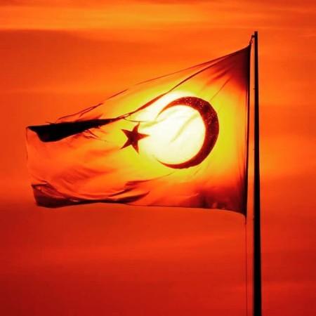 gunbatımı bayrak